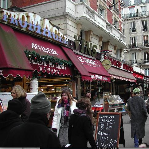 Le marché de la place Maubert côté boutiques via www.think.org:paris