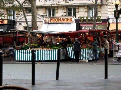 Marché Maubert via sheryltodd.bloggspot.fr