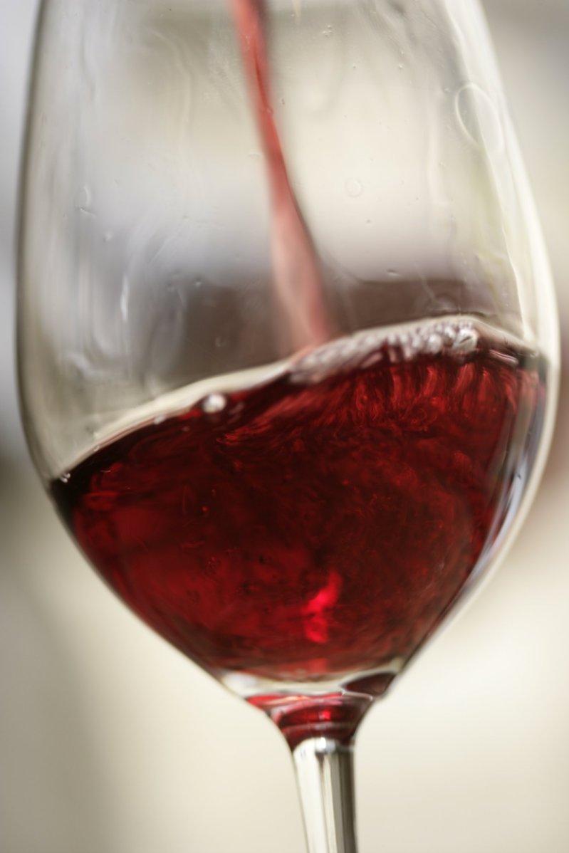 Verre de vin rouge via labbe.blog.mongenie.com